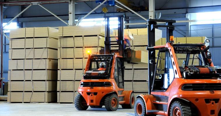 rsz_71618524_warehouse_machines_loading_slabs-2x4ybeulfdtdjeb8fz9hj4